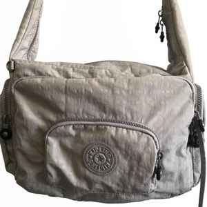 MARC JACOBS Medium Leather Crossbody Flap Bag